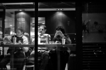street photography - paris by night - 20110420 - 018